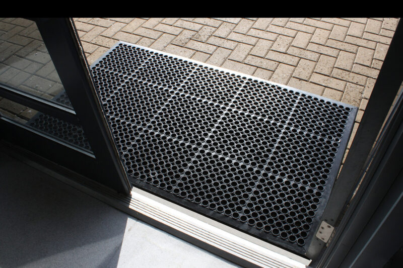 Outdoor Rubber Honeycomb Mats